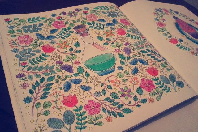 大人の塗り絵いずれは風景画始めるなら道具からまずは色鉛筆を選